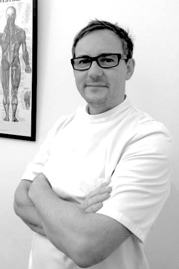 Osteopath Oliver Hicks, Principal Osteopath at Hicks Health Osteopathy Clinic